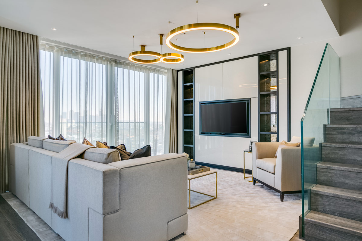 Neutral Palette Complimented by Brushed Brass for London Apartment