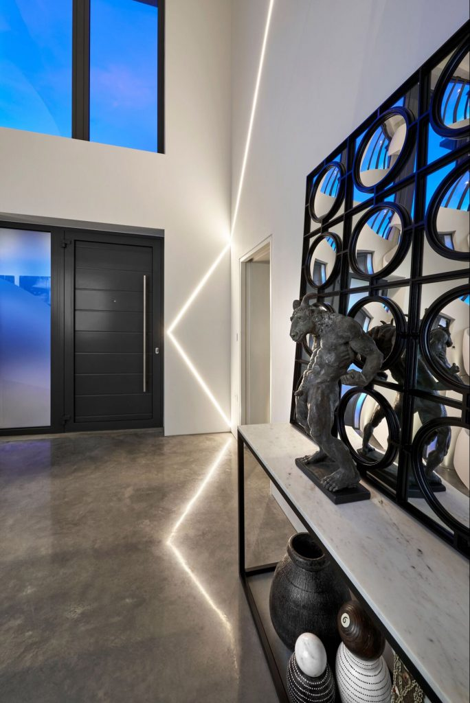 Iggi Interior Design, UK South Coast Residence residential design project images for SBID interior design blog, Project of the Week