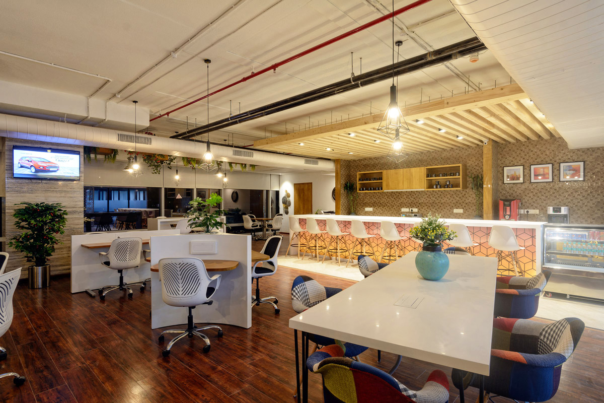 Office Designed with Hospitality in Mind for Diverse Co-Working Space