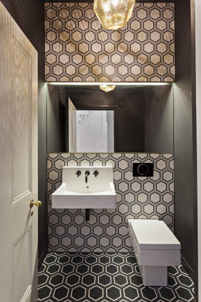Creative Guest Bathroom