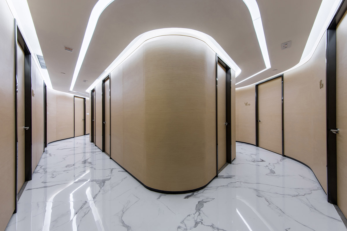 healthcare design, Cosmetic Centre Creates Fluidity with Soft Architectural Curves