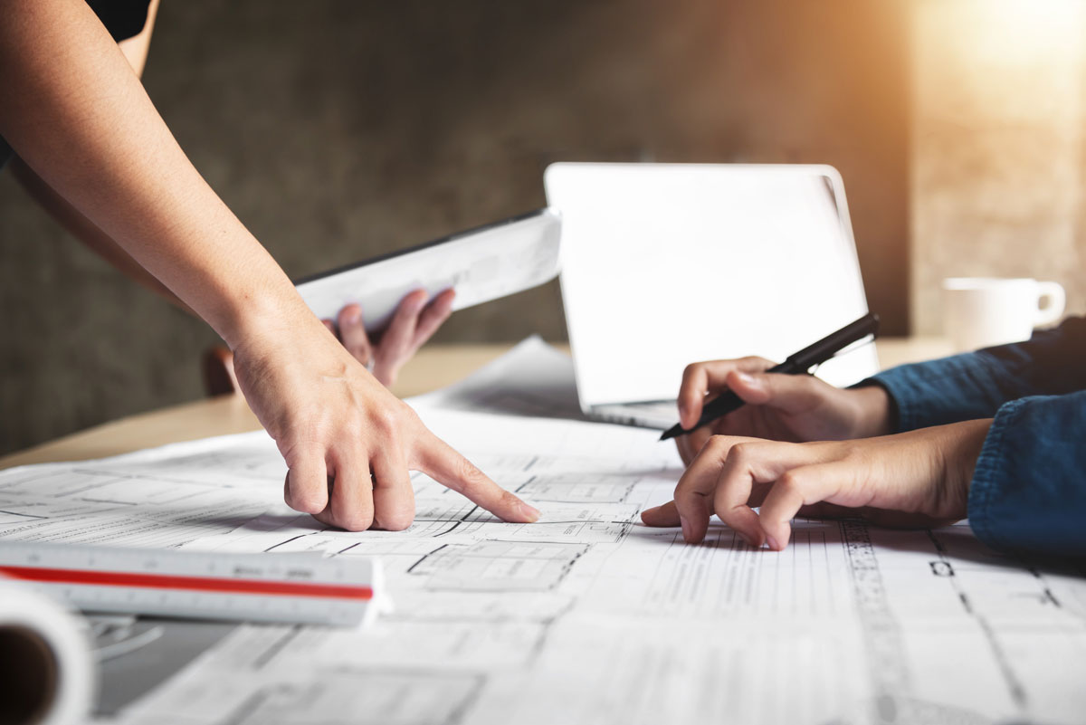 Ask the Expert: How to choose the right building contractor for a project?