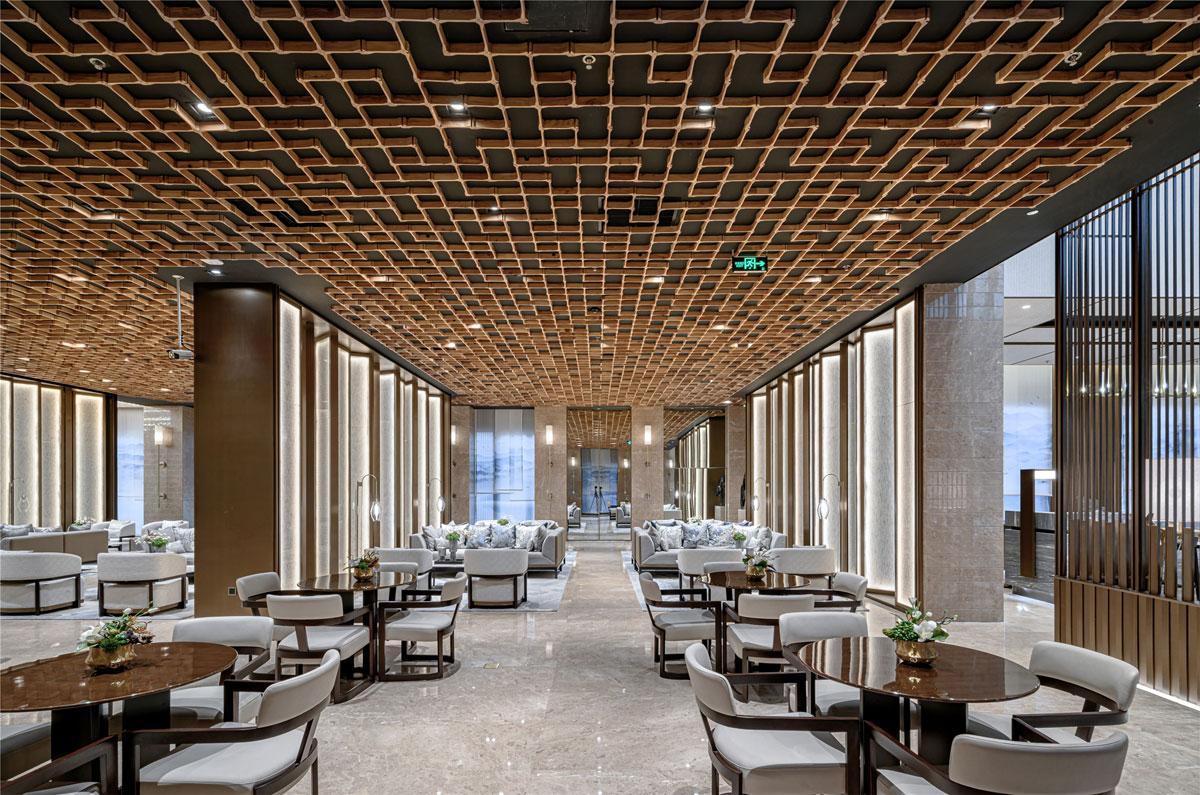 Club House Design Harmonises Nature and Architecture
