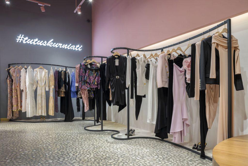 , Luxury Retail Design Creates Intimate Shopping Experience