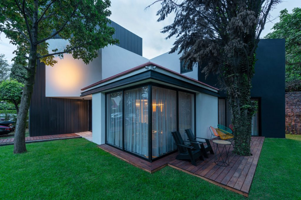 sustainable design, Blending Interior and Exterior Design for a Sustainable Family Home