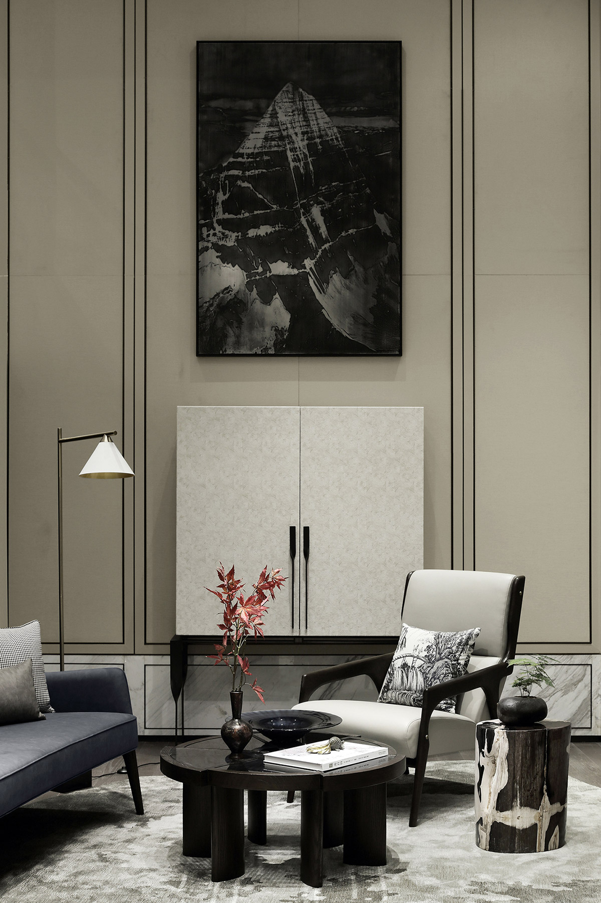Show flat by interior design