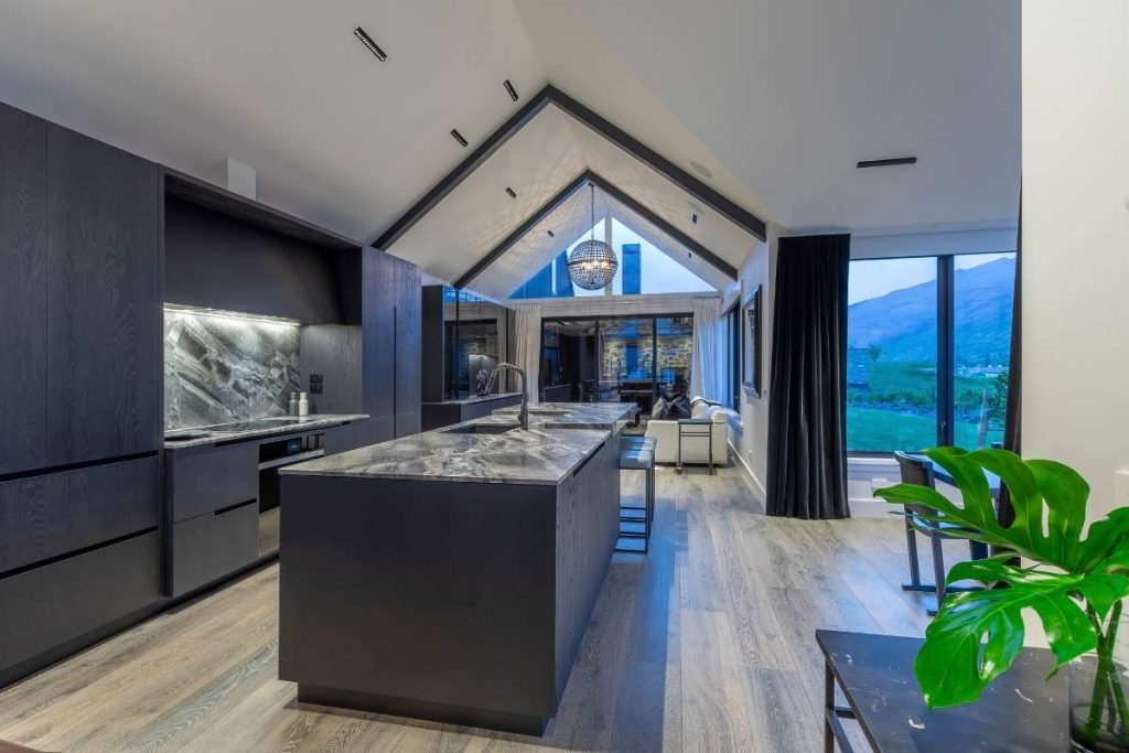 Modern Kitchen Design Becomes Heart of Family Home