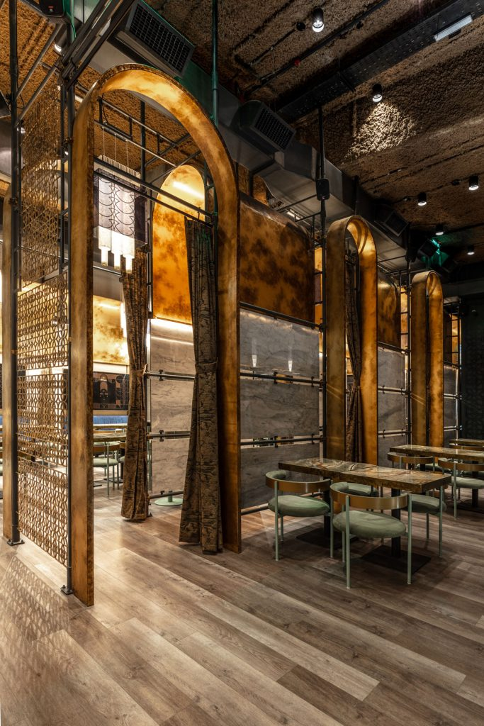 , Gatsby-Inspired Cocktail Bar Blends Art Deco and Modern Styles