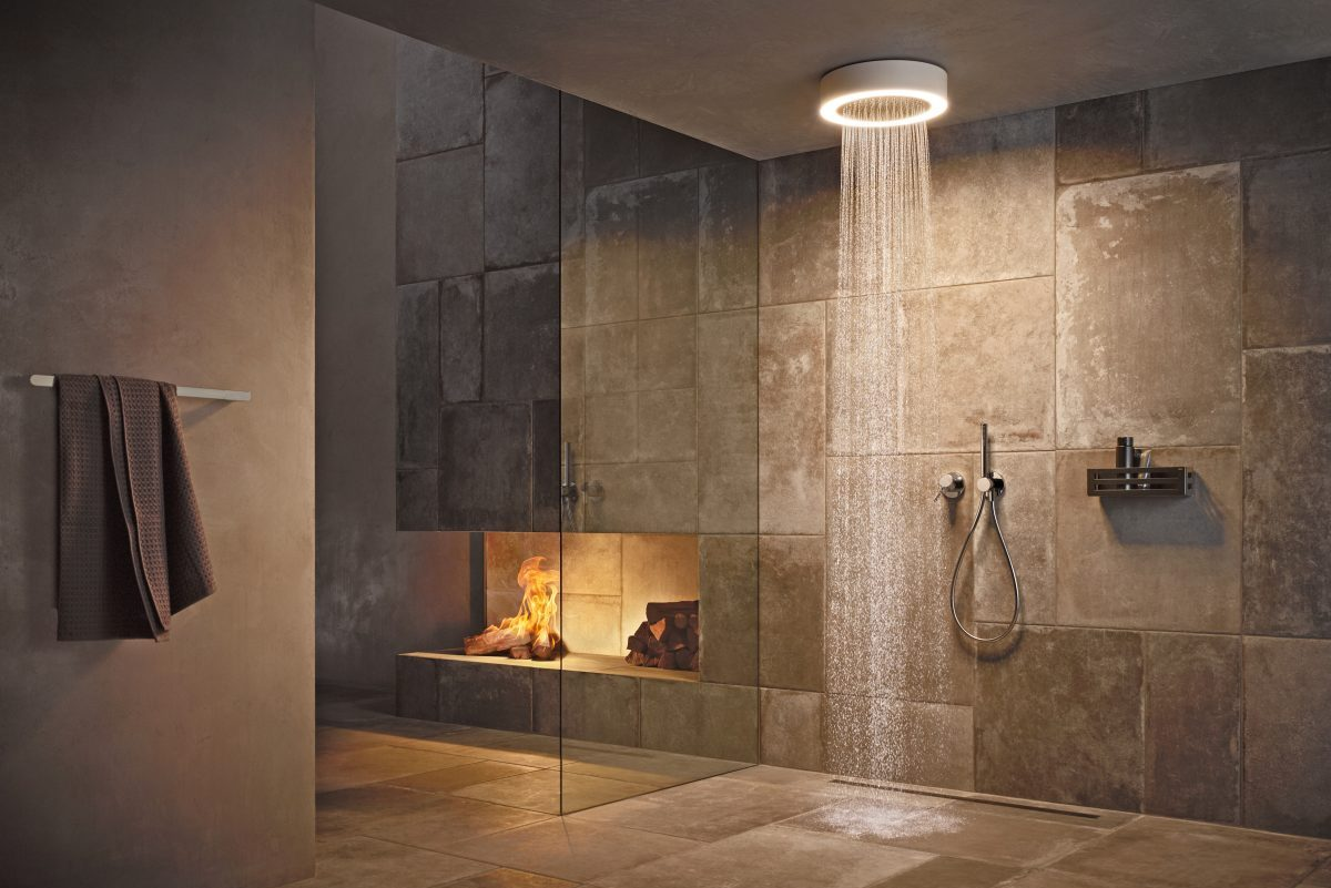 Wellness-driven shower solutions – the perfect symbiosis of water and light