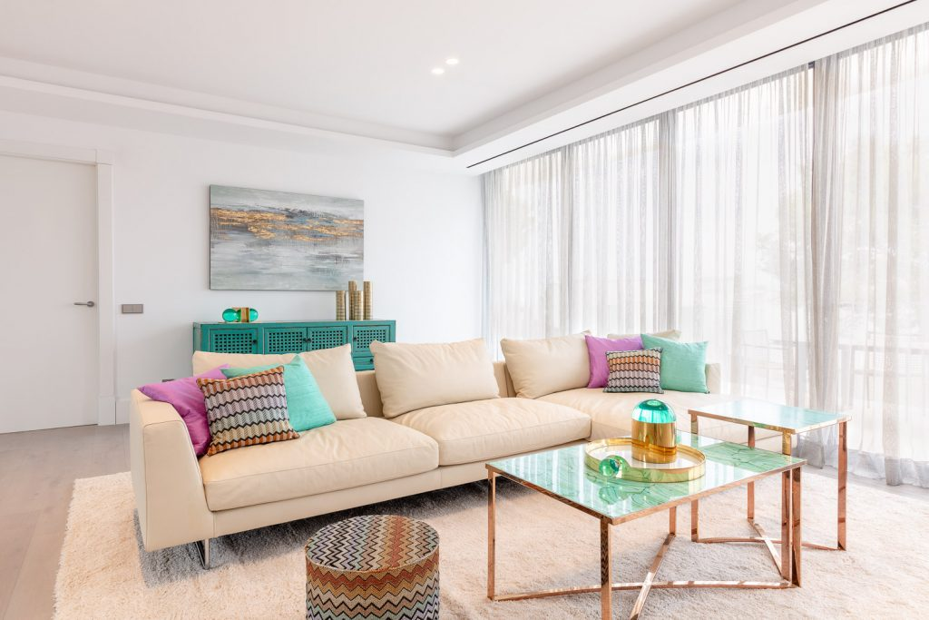 , Spanish Villa Design Uniquely Utilises Space and Colour