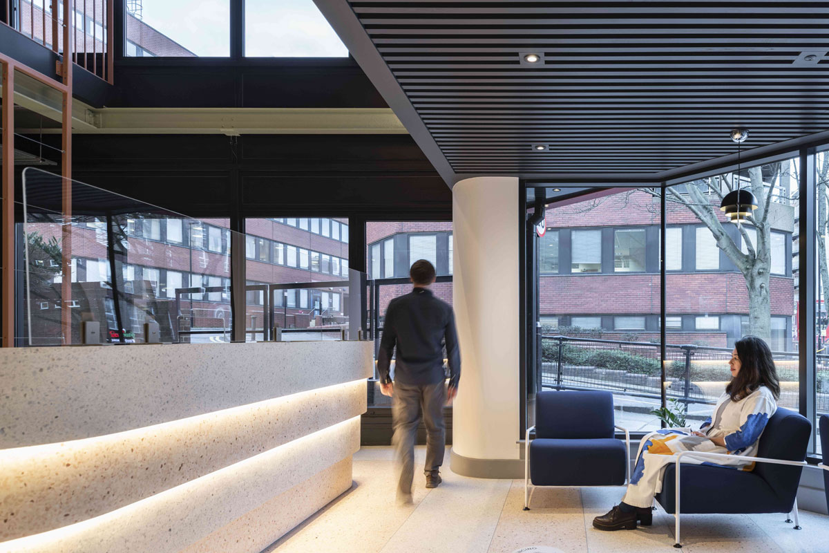 flexible office supports workers, London Debut with Flexible Co-working Spaces for City Workers