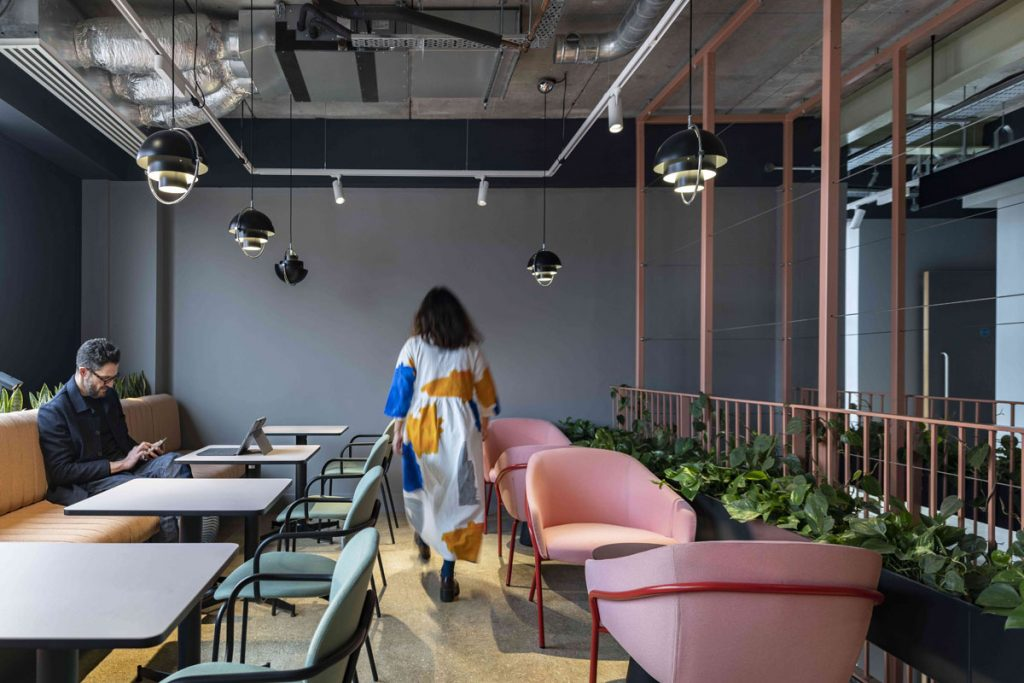 London Debut with Flexible Co-working Spaces for City Workers
